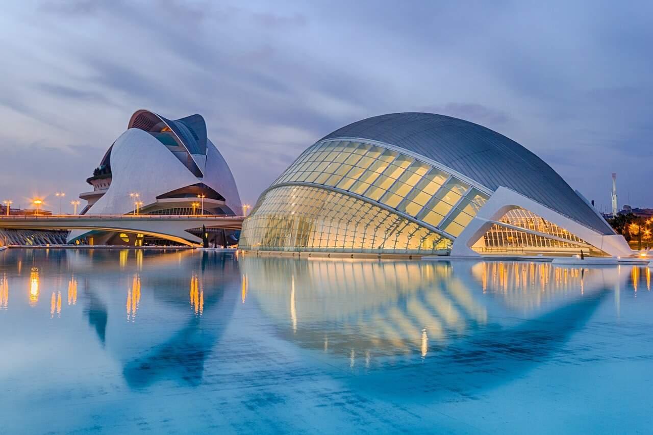 valencia ciudad de las artes european city breaks